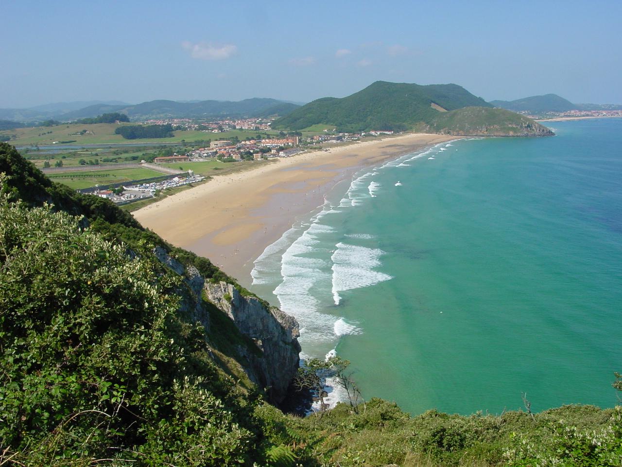 Cantabria Santoña Berria playa