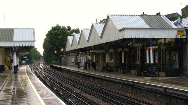 Chorleywood station - geograph.org.uk - 923342