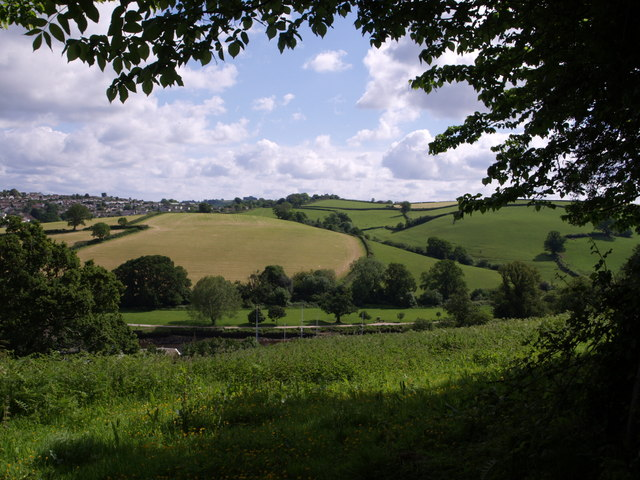 Dart valley below Totnes - geograph.org.uk - 454280