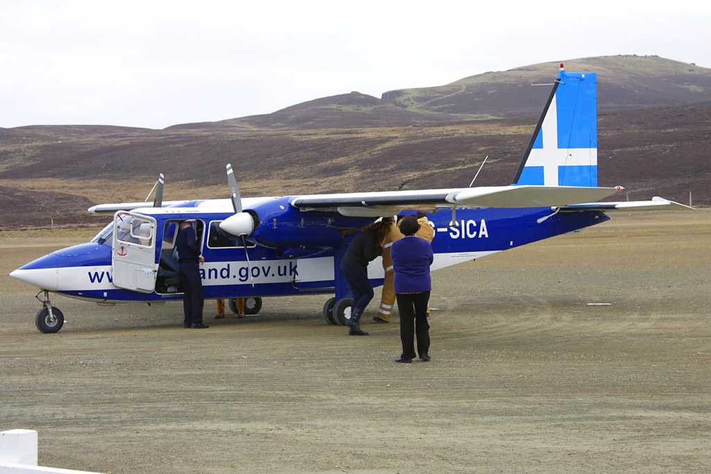 File:Directflight Britten-Norman BN-2B-20 Islander at Fair Isle ...