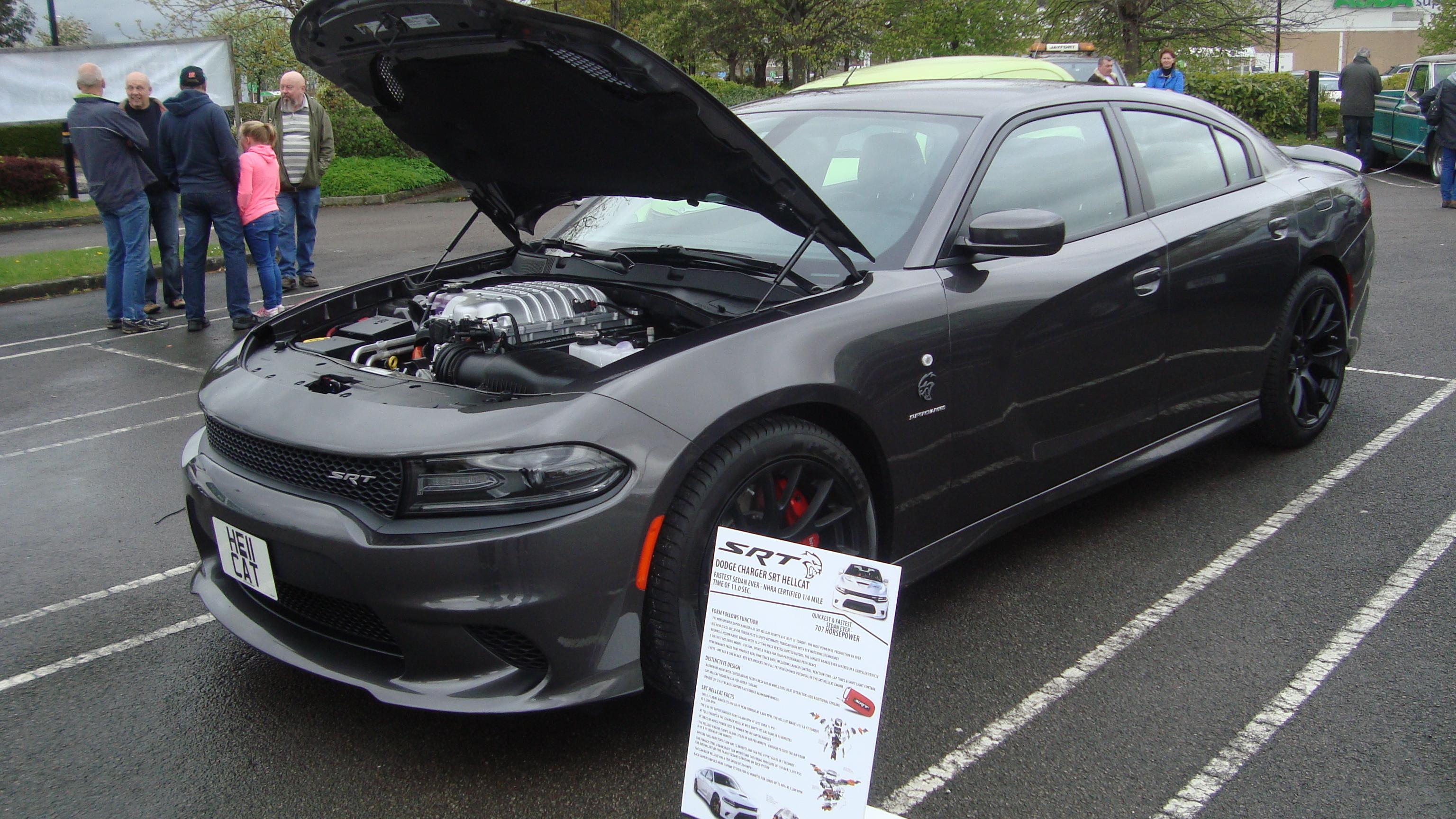 File:Dodge Charger SRT Hellcat (17679885049)