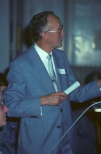 File:Dr- phil- Theo Locher-(anlässlich des 10jährigen Jubiläums der