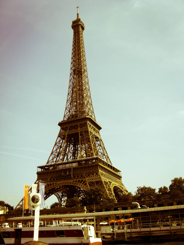 File:Eiffel tower edited with adobe lightroom.jpg - Wikimedia Commons