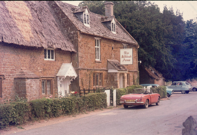 Falkland Arms, Great Tew - geograph.org.uk - 1121038