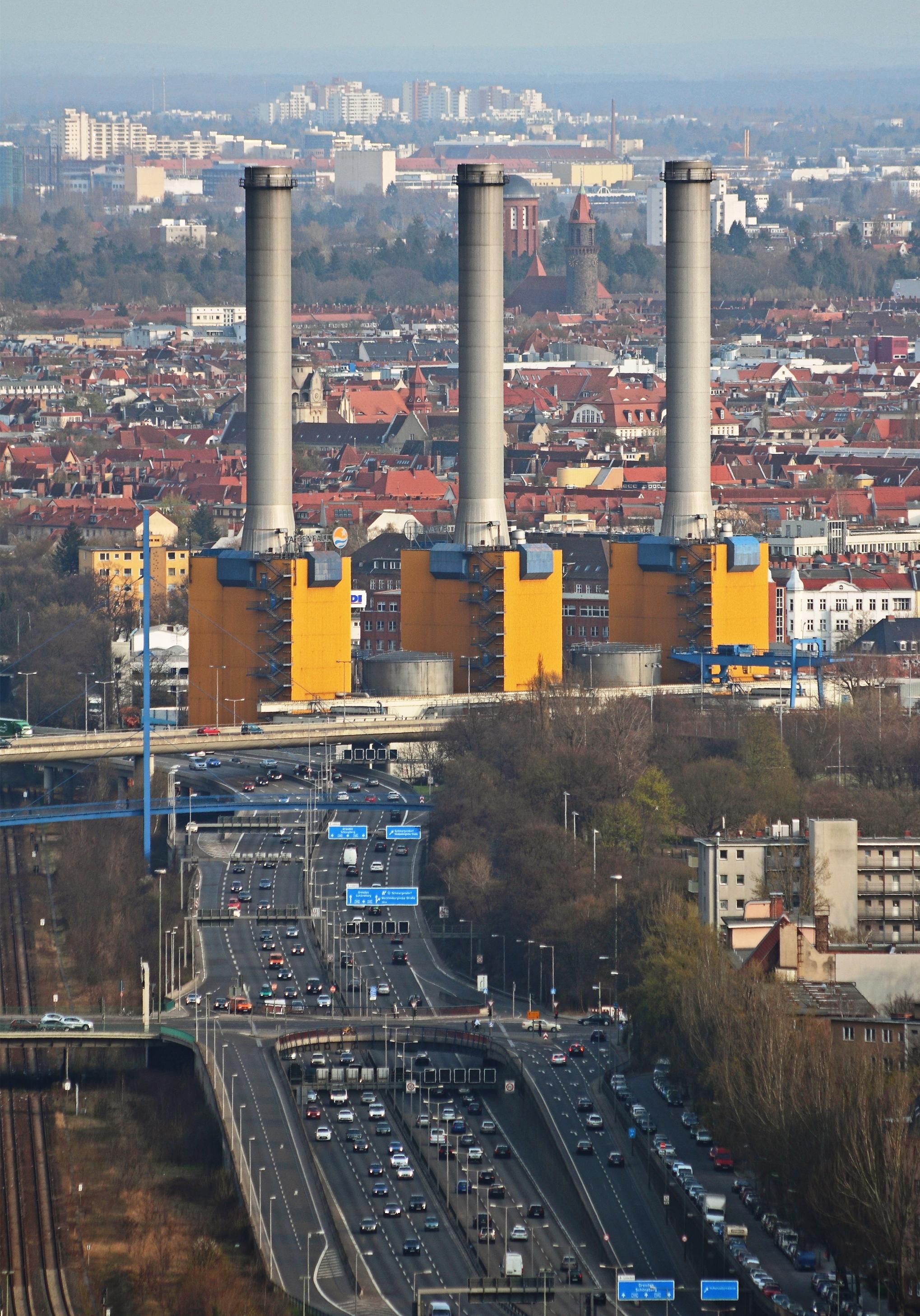 Kraftwerk Wilmersdorf und Berliner Stadtring A100