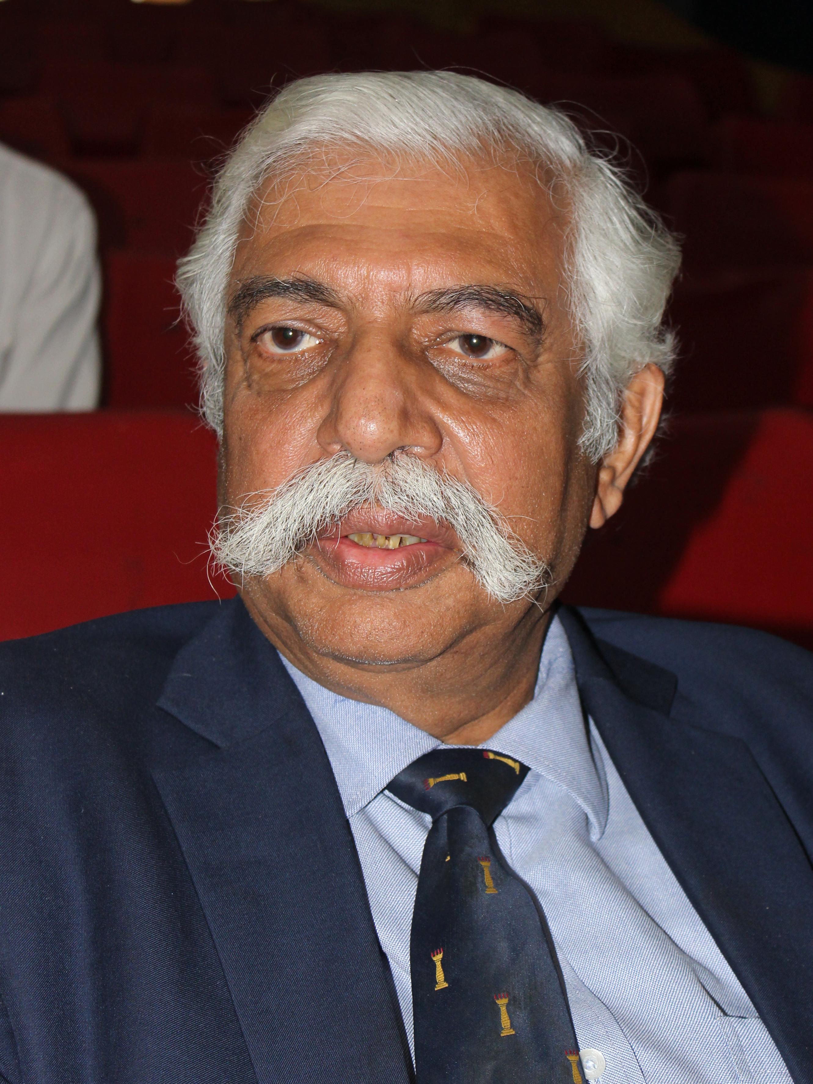 G  D  Bakshi - Wikipedia