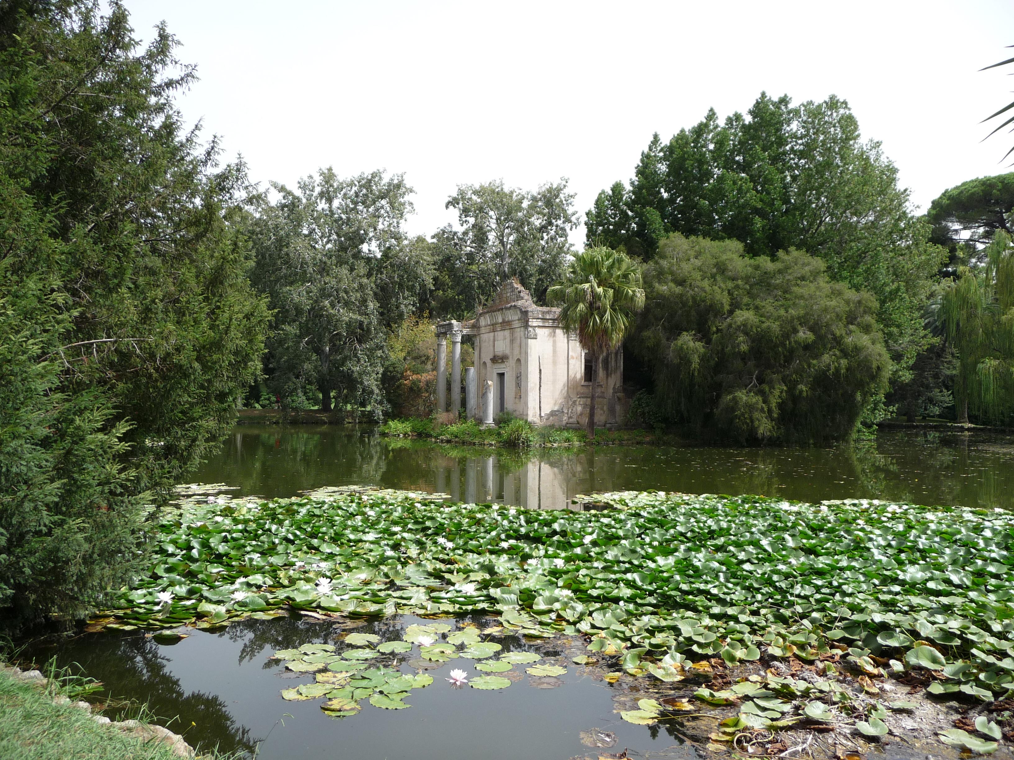 file giardino inglese reggia caserta false rovine laghetto