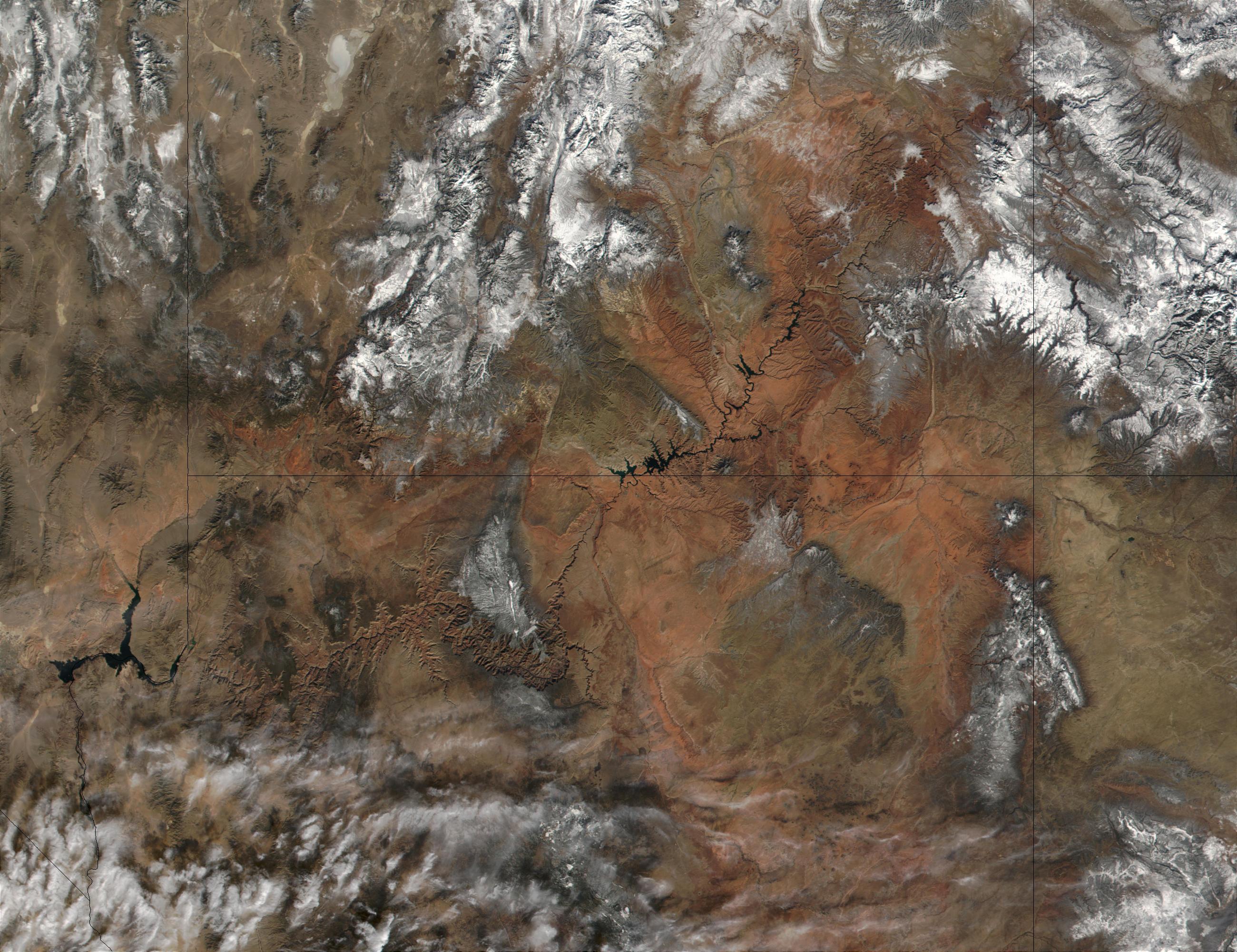 Grand Canyon satelliet グリーンランドの氷下に巨大な渓谷を確認!大きさはグランドキャニオンの2倍!