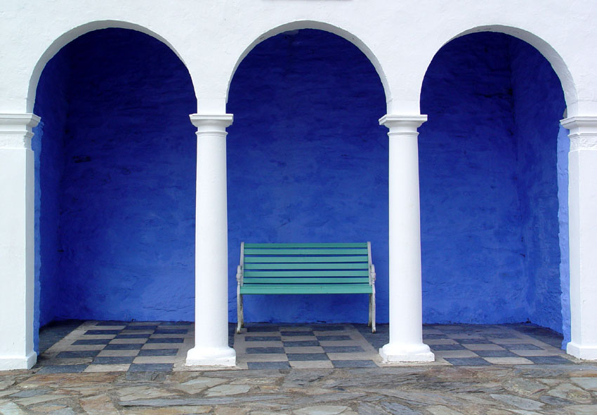 File Green Bench Blue Walls White Arches And Columns