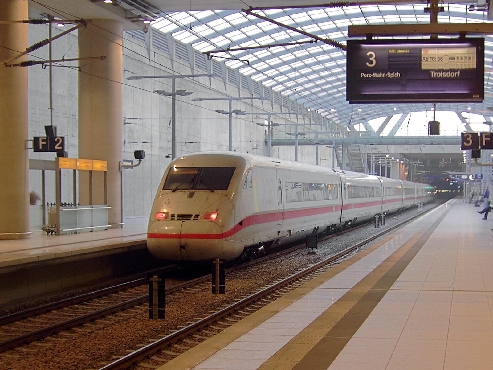 Hotels Near Cologne Bonn Airport