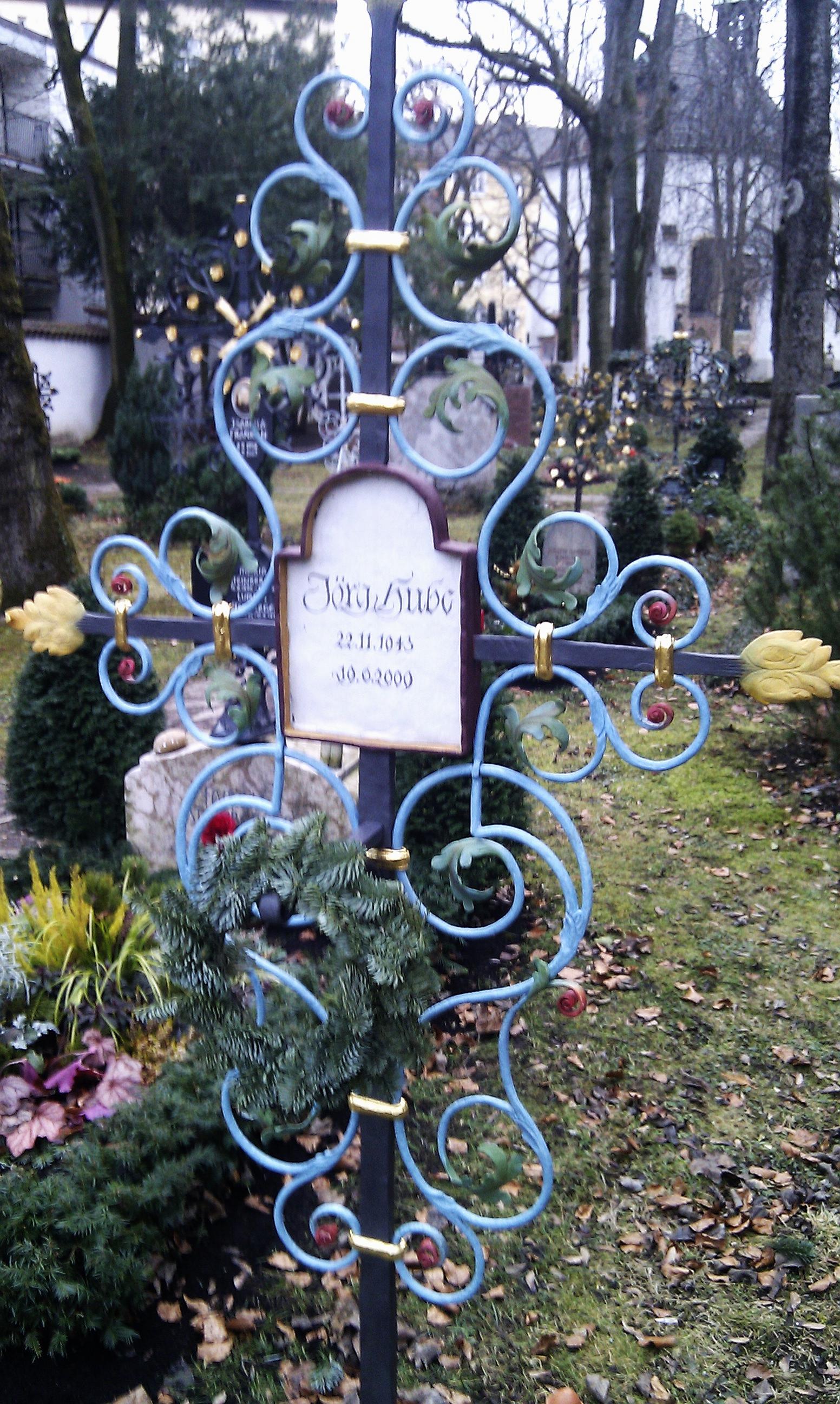 Grab von Jörg Hube