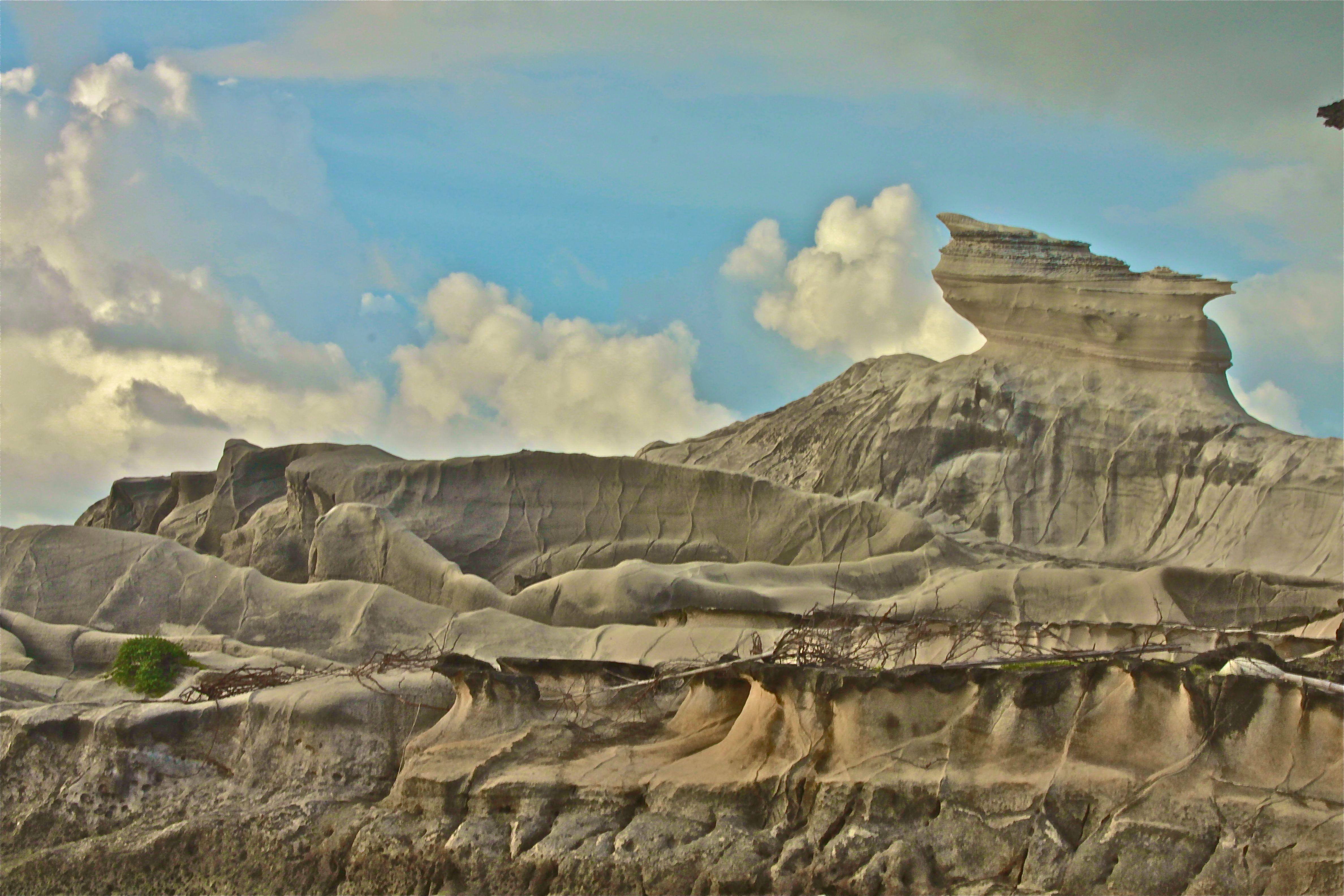 File Kapurpurawan Rock Formations Jpg
