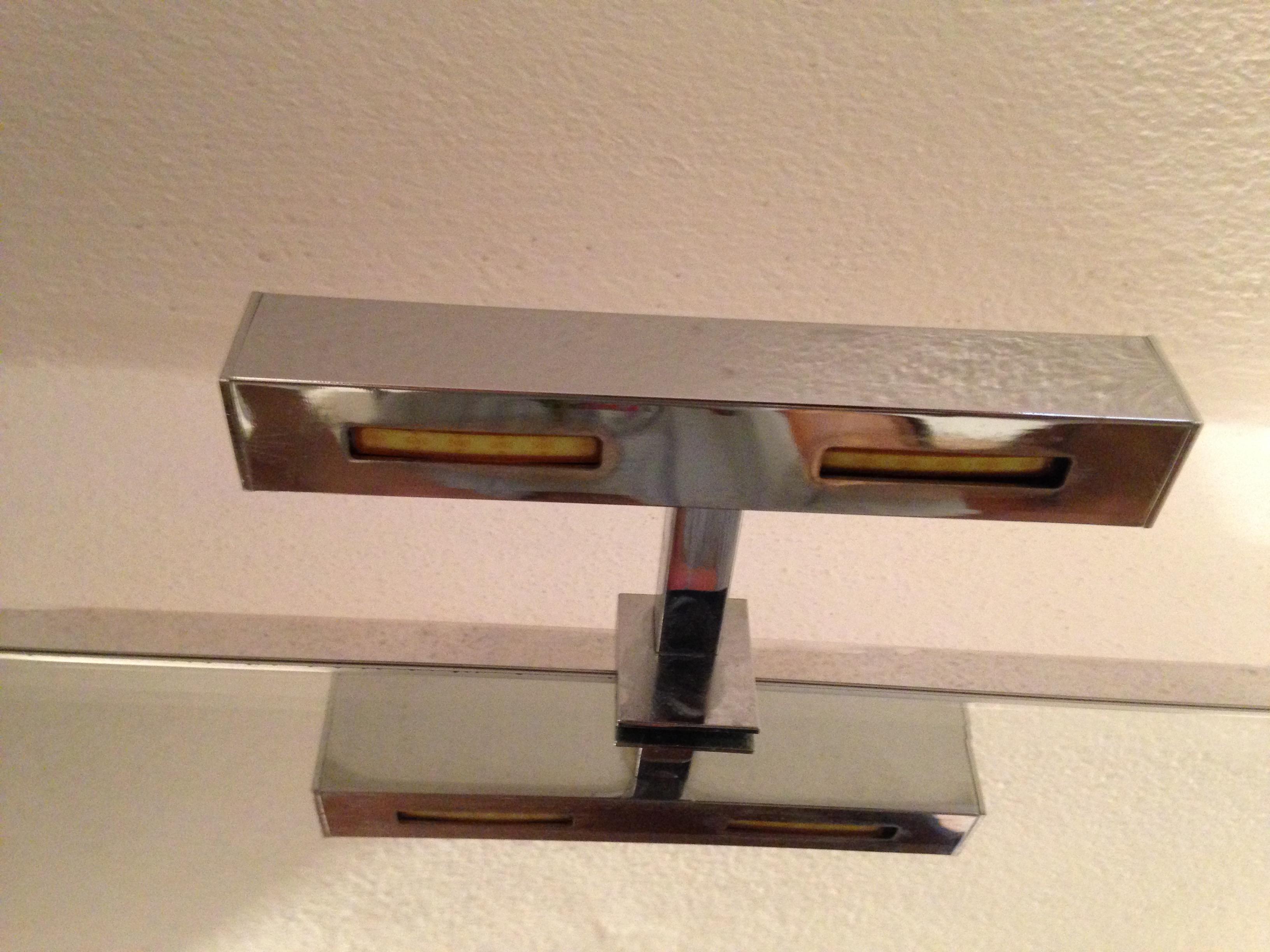File lampada a led specchio bagno g wikimedia commons