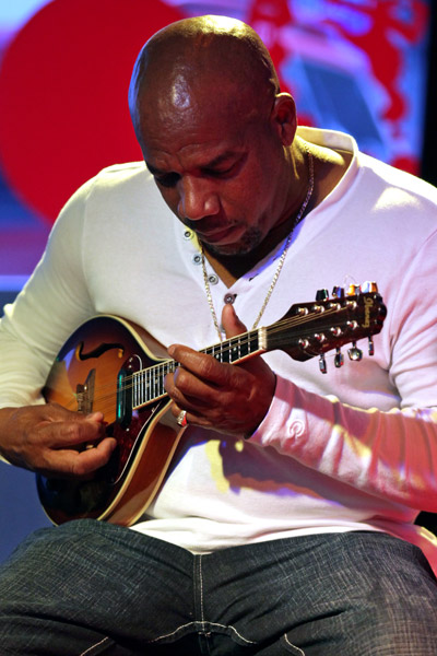 File:Latin jazz mandolin jpg - Wikimedia Commons