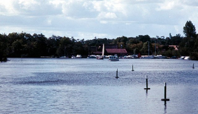 Malthouse Broad - geograph.org.uk - 84750