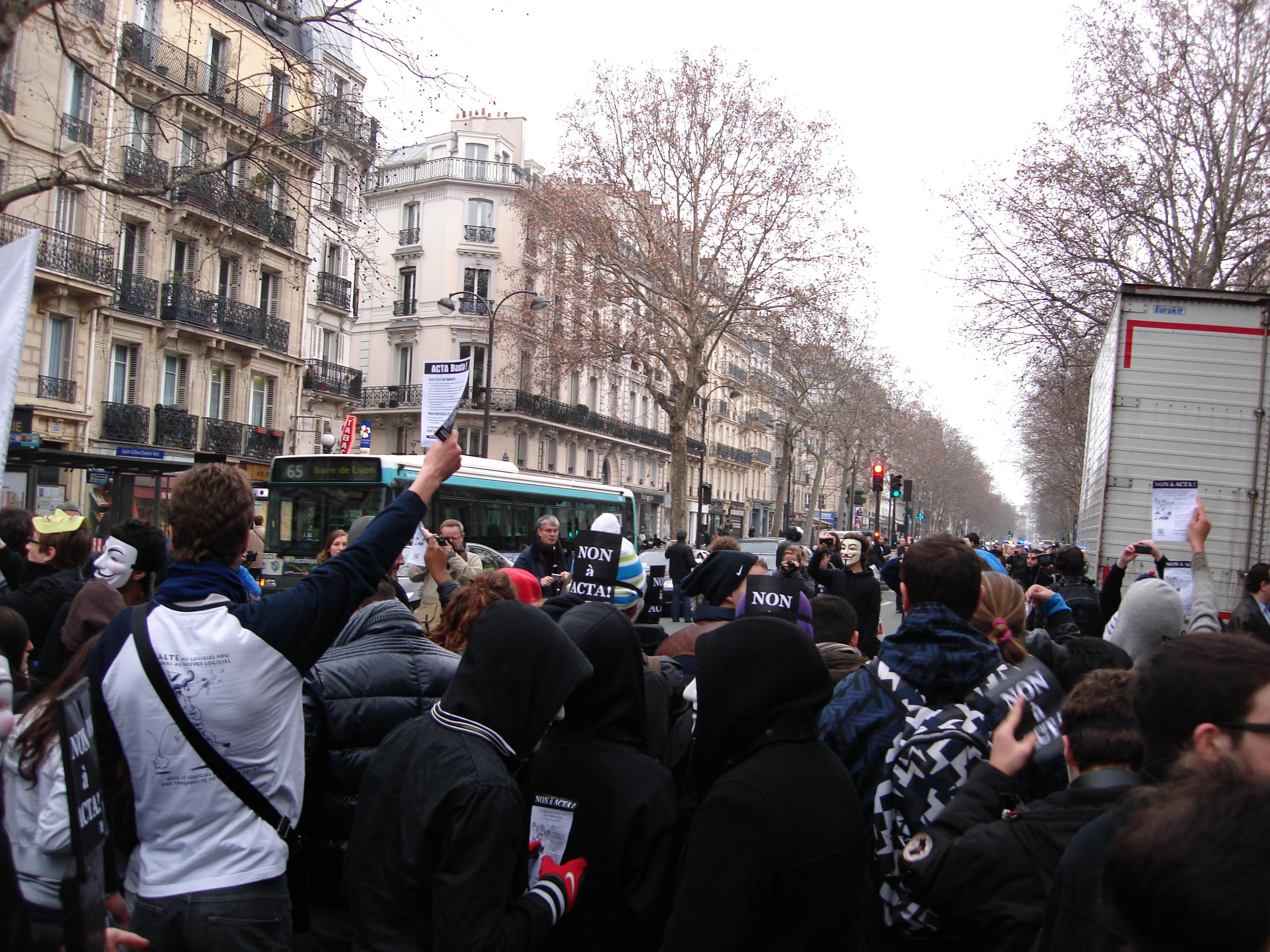Manifestation anti-ACTA le 25 février 2012 à Paris