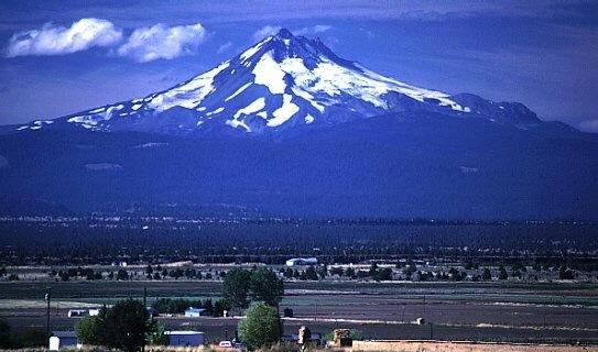 Kép:Mount Jefferson.jpg