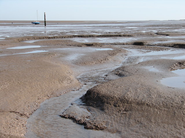 Mudflats at Humberston Fitties - geograph.org.uk - 1205164