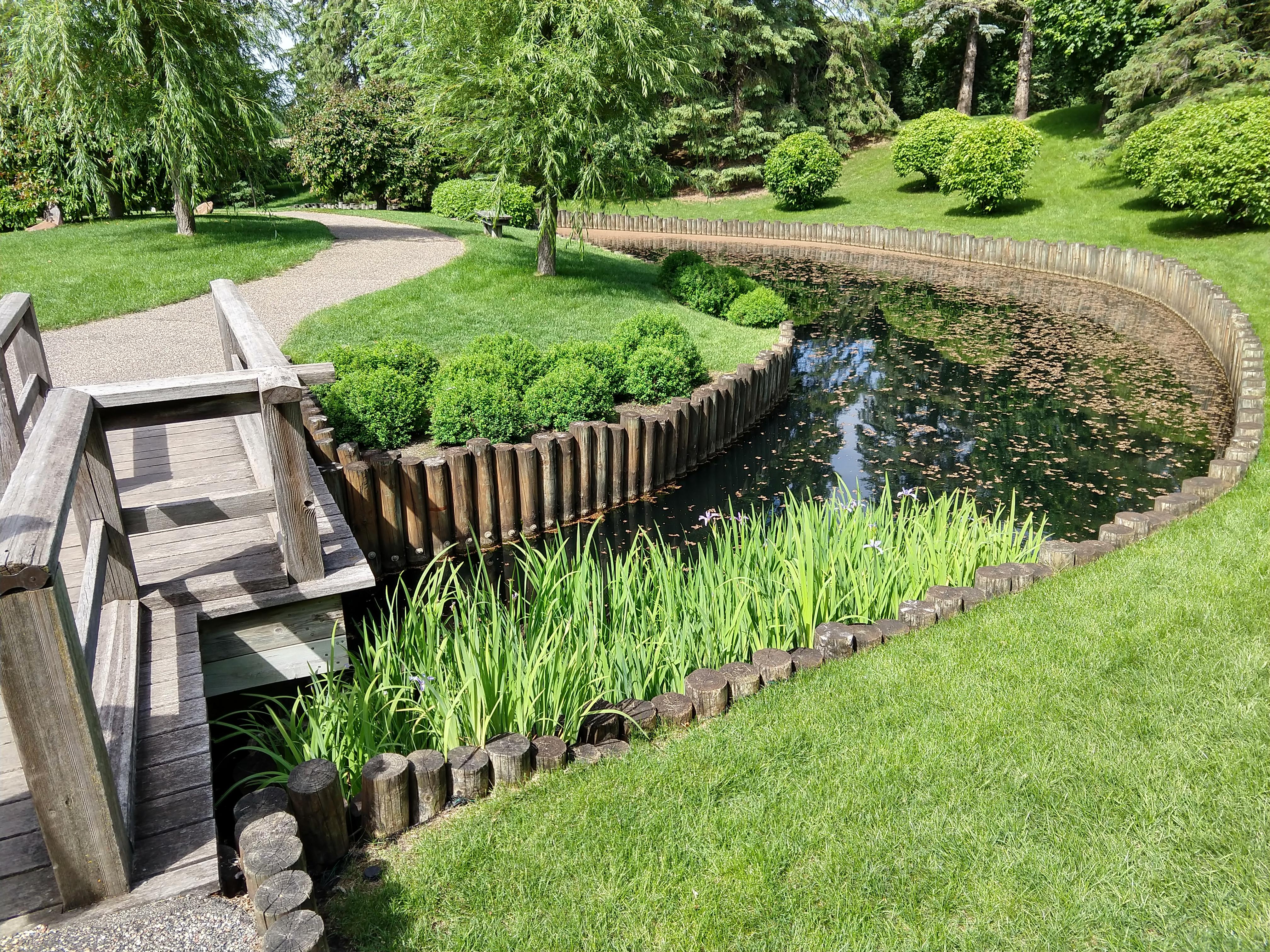 File:Normandale Community College 06 - Japanese garden.jpg