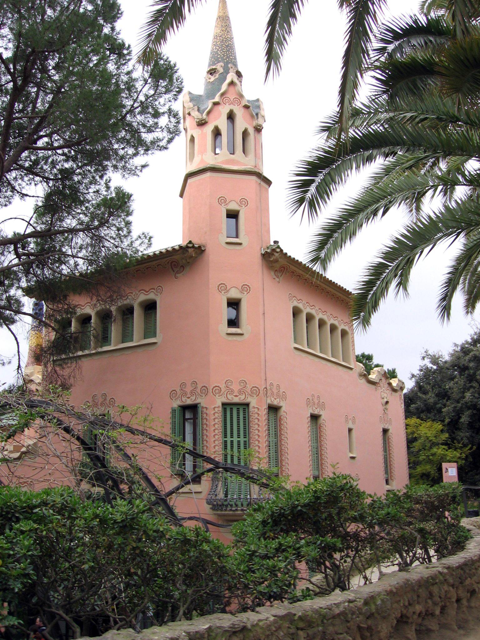 Casa Museo Gaudi.File Park Guell Casa Museu Gaudi Jpg Wikimedia Commons