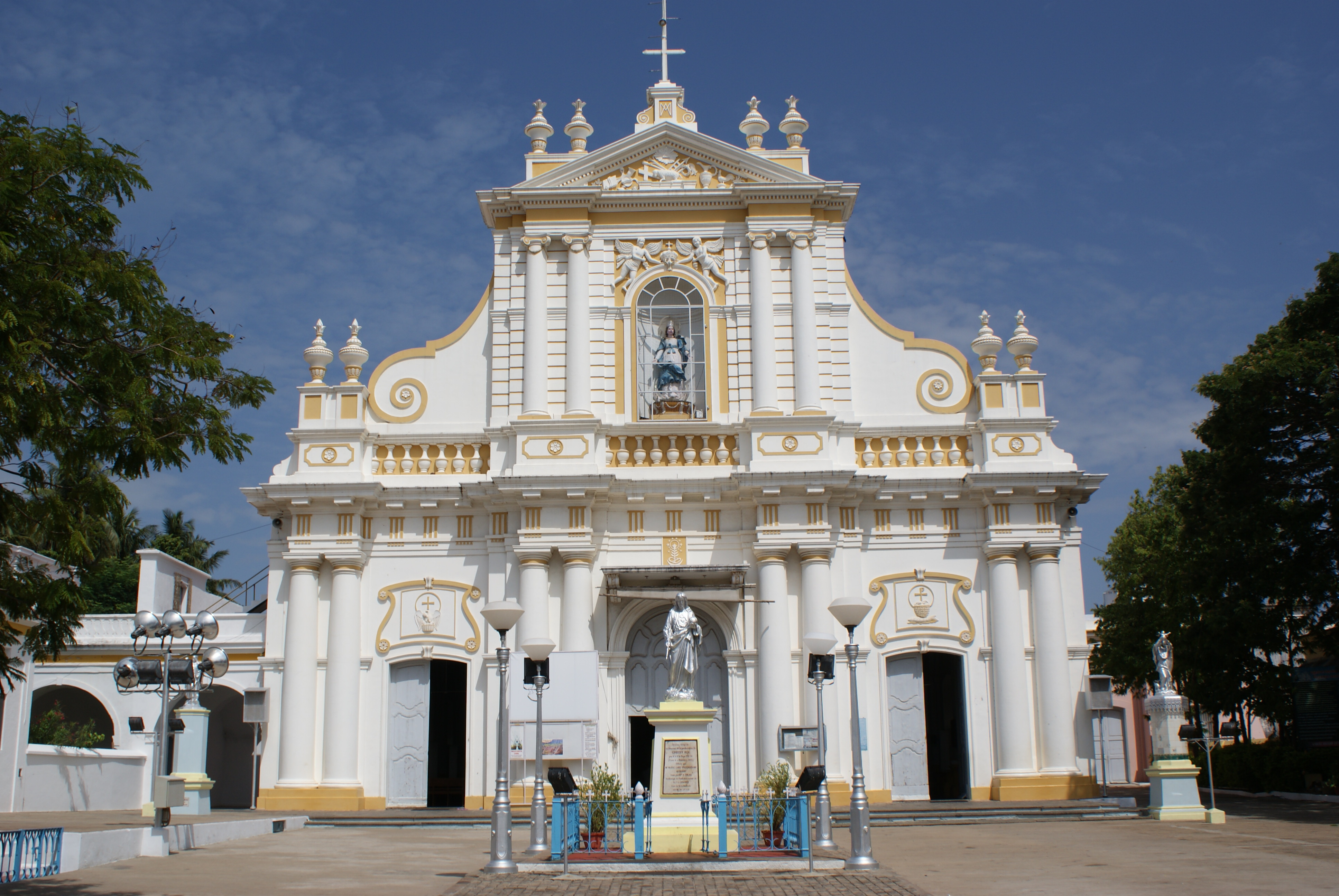 File puducherry immaculate conception cathedral for Religious buildings in india