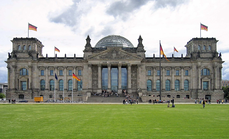 Imagini pentru Parlamentul Reichstag