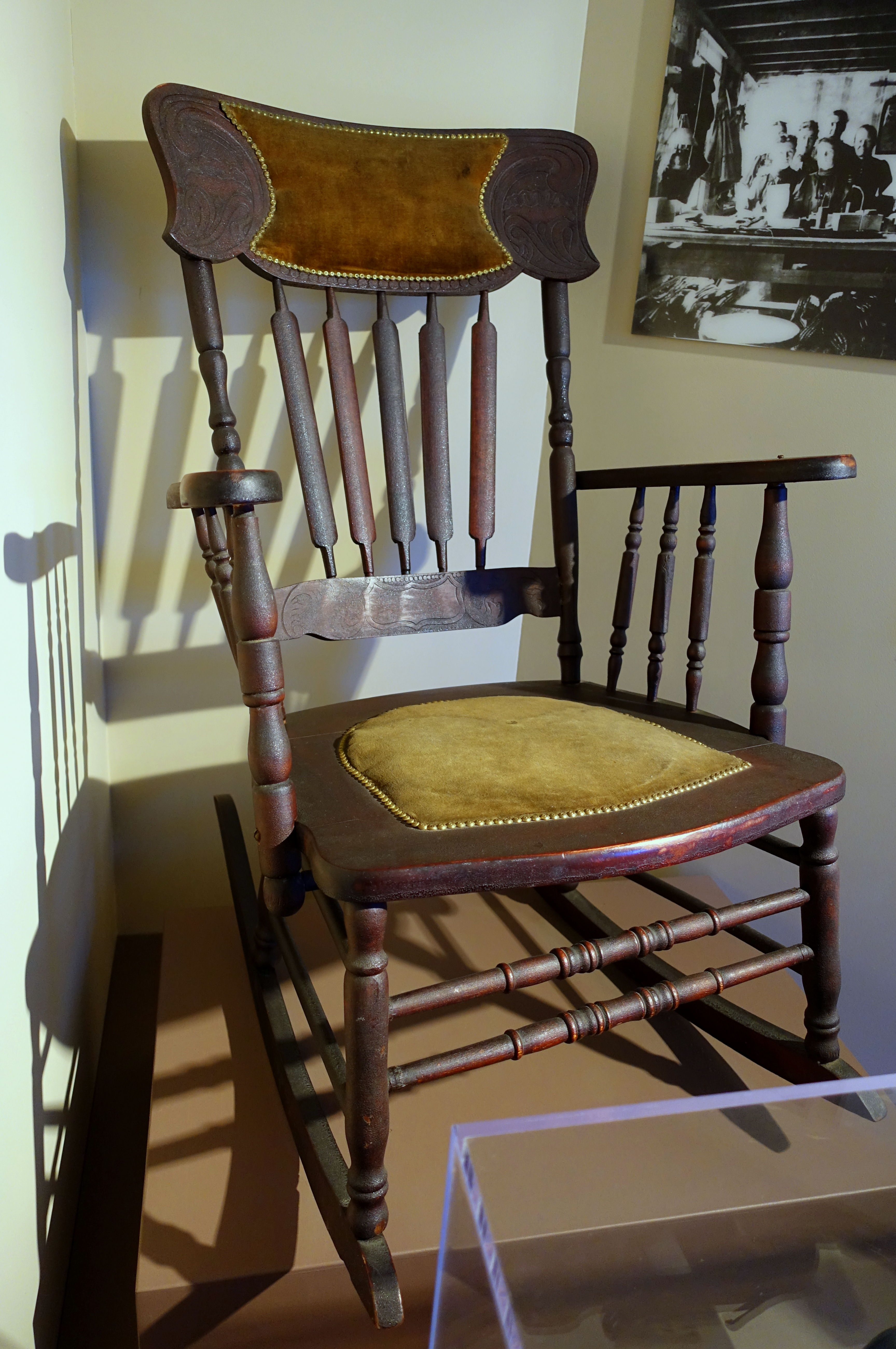 File:Rocking Chair, Allen Chair Company, Concord Junction, 1910 1930,