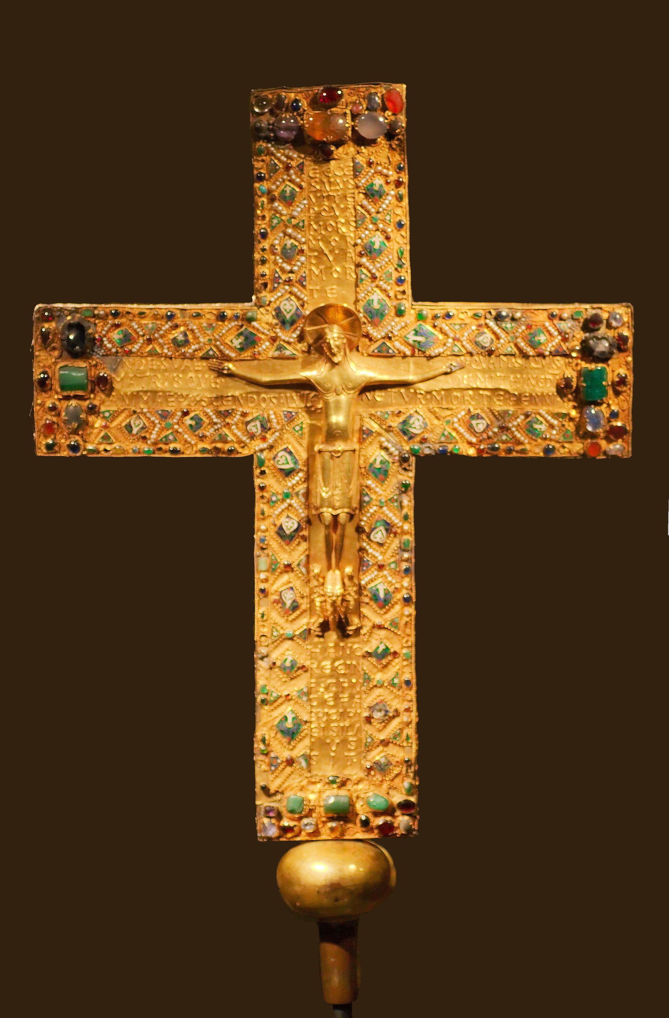Gisela-korset (1008), utstilt i Schatzkammer der Bayerischen Residenz München