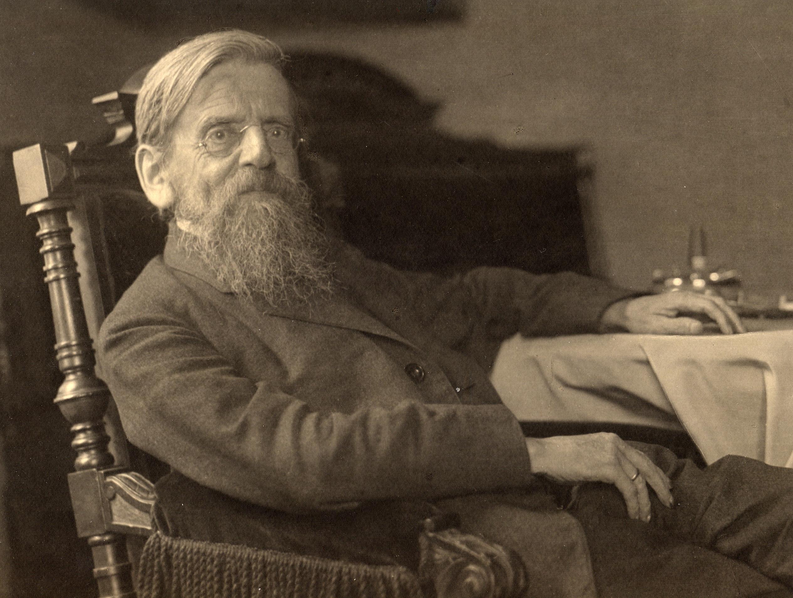 Adolf Schlatter 1925 in Lehnstuhl
