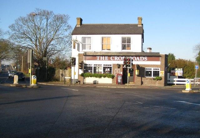 Shepperton, The Crossroads public house - geograph.org.uk - 1079034