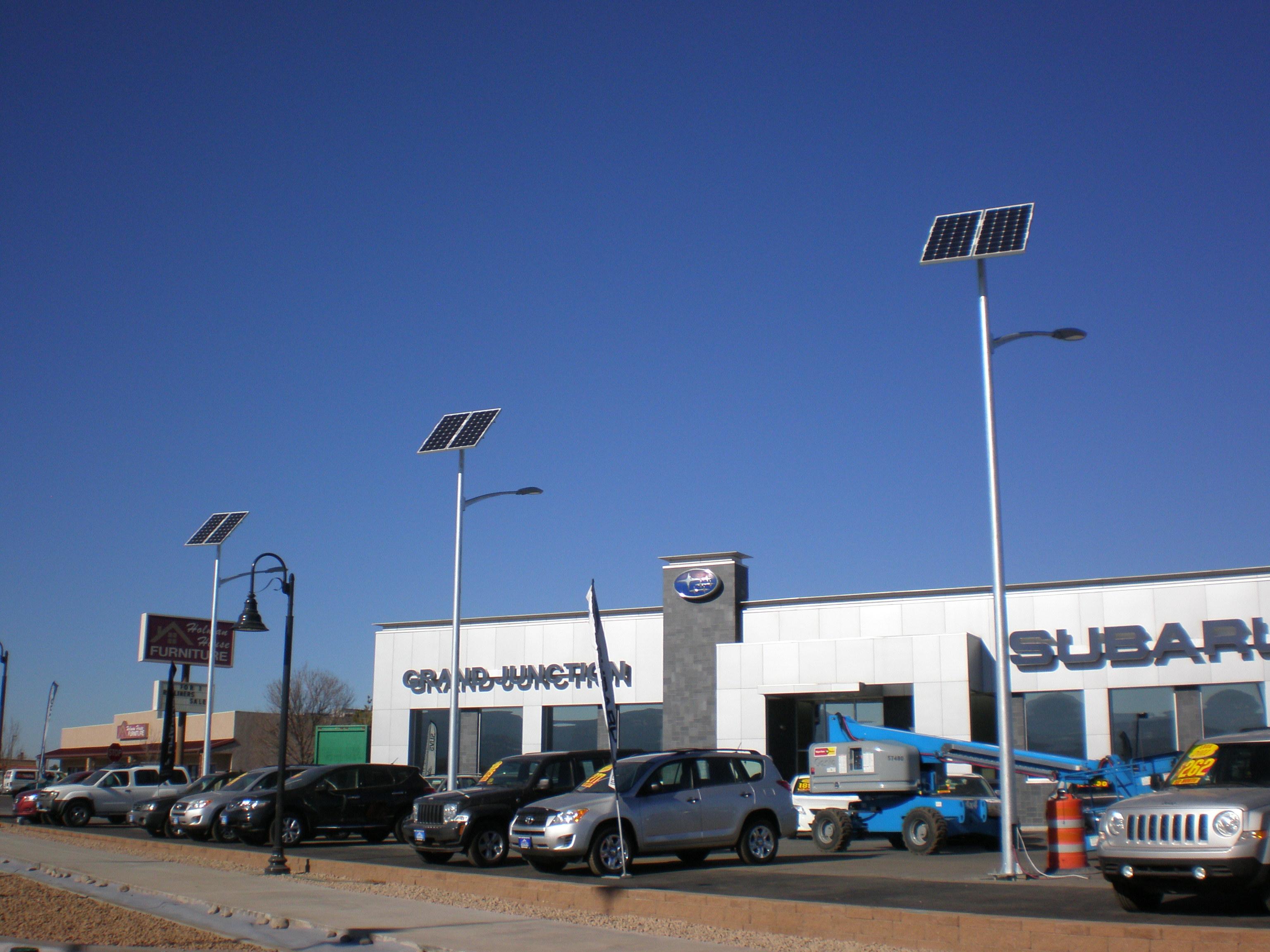 File Solar Street Lights For Parking Lots Jpg Wikimedia