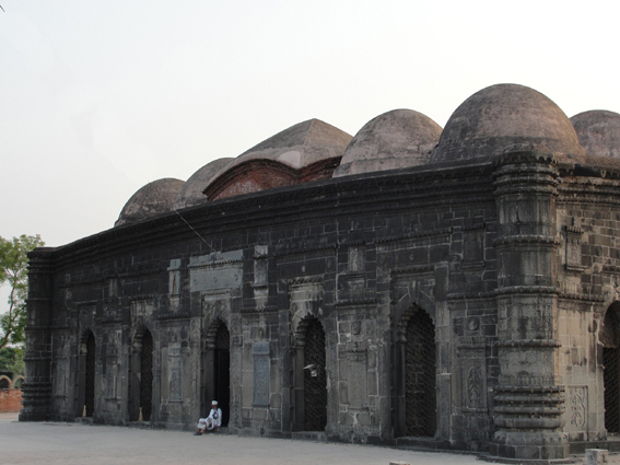File:Sona Masjid rear.jpg
