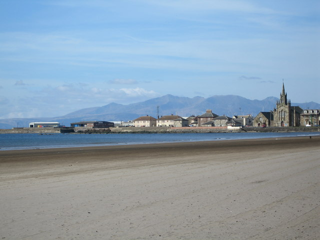 South Bay Ardrossan - geograph.org.uk - 394561