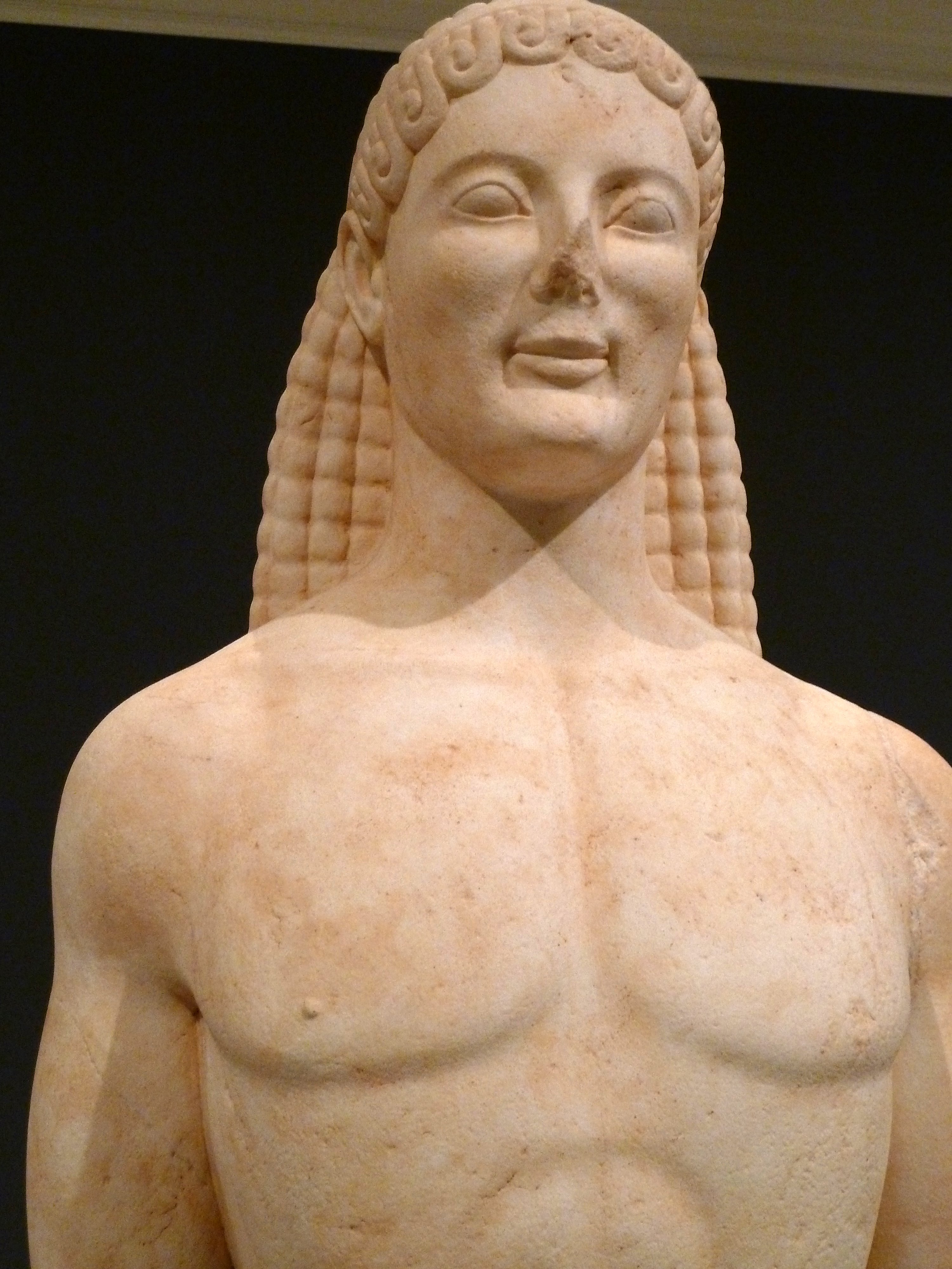File:Statue of a kouros (c. 530 BCE or modern, detail, Getty Villa  Collection).jpg