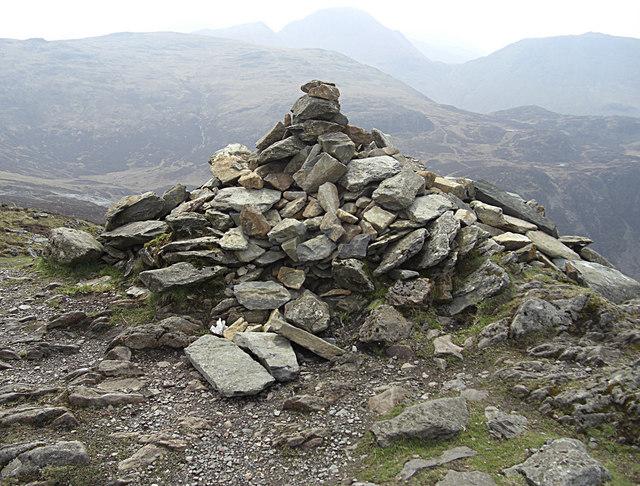 Summit cairn, Fleetwith Pike - geograph.org.uk - 1274738