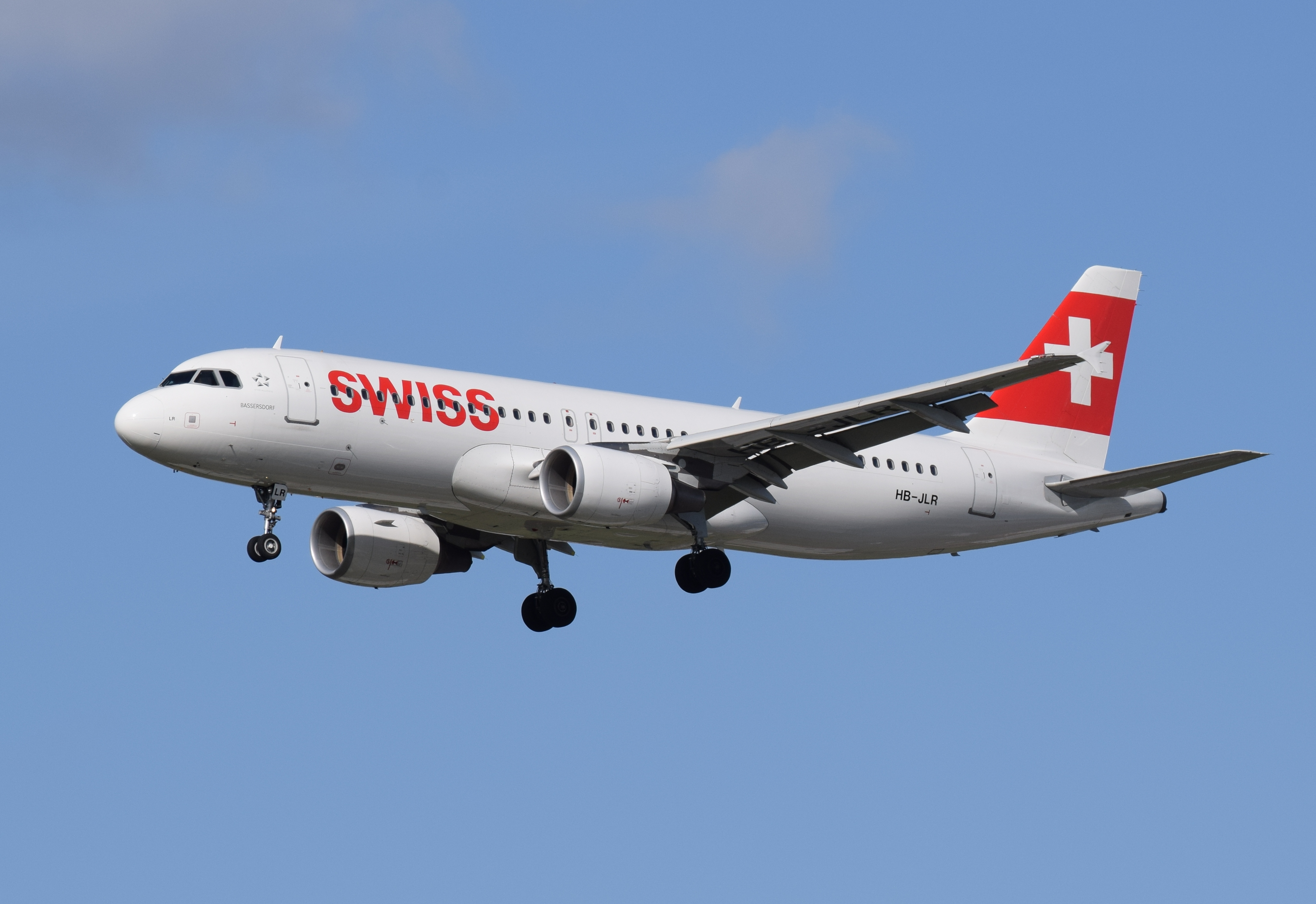 Swiss_International_Air_Lines_Airbus_A32