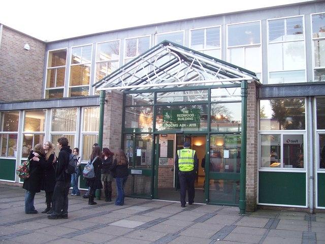File:Taunton , Richard Huish College - geograph.org.uk - 1136481.jpg