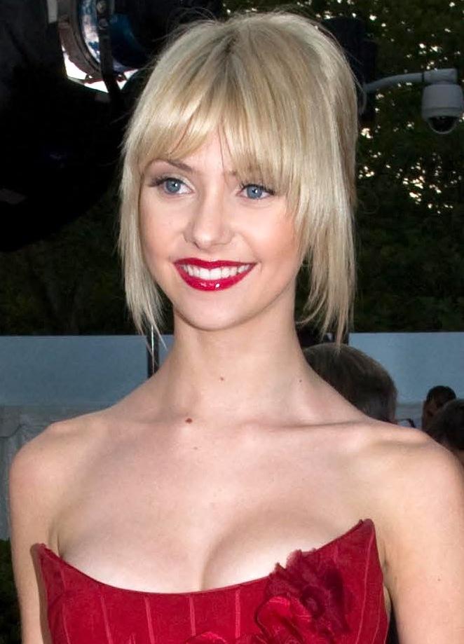 Taylor Momsen - Wikipedia, la enciclopedia libre Taylor Momsen