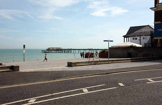 The Pier, Deal - geograph.org.uk - 957764