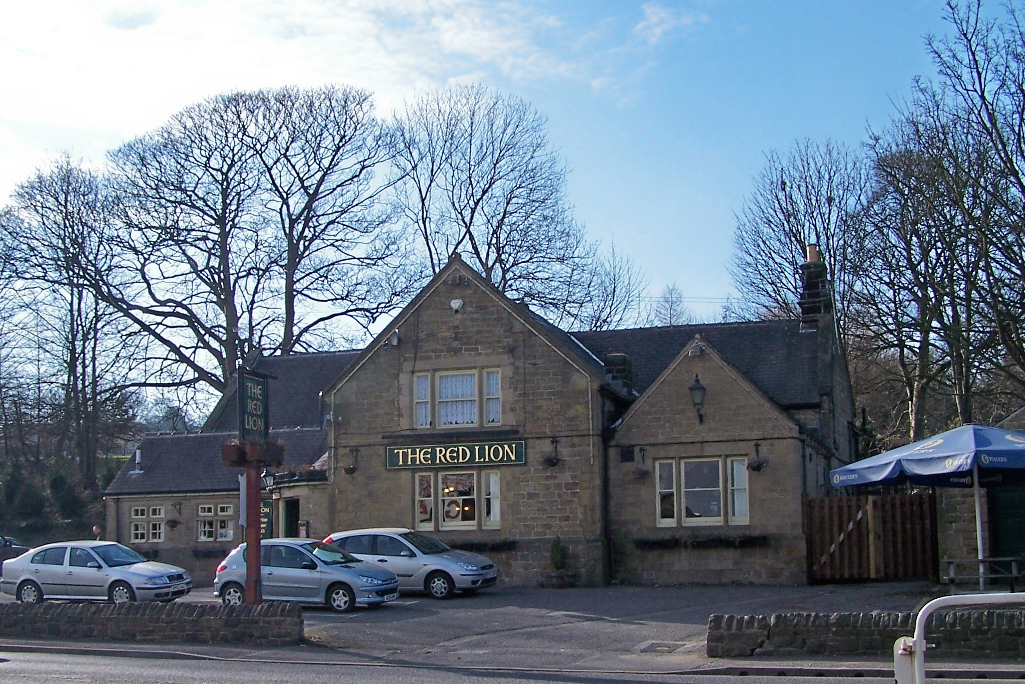 File the red lion 39 the bottom red 39 penistone road for The sheffield