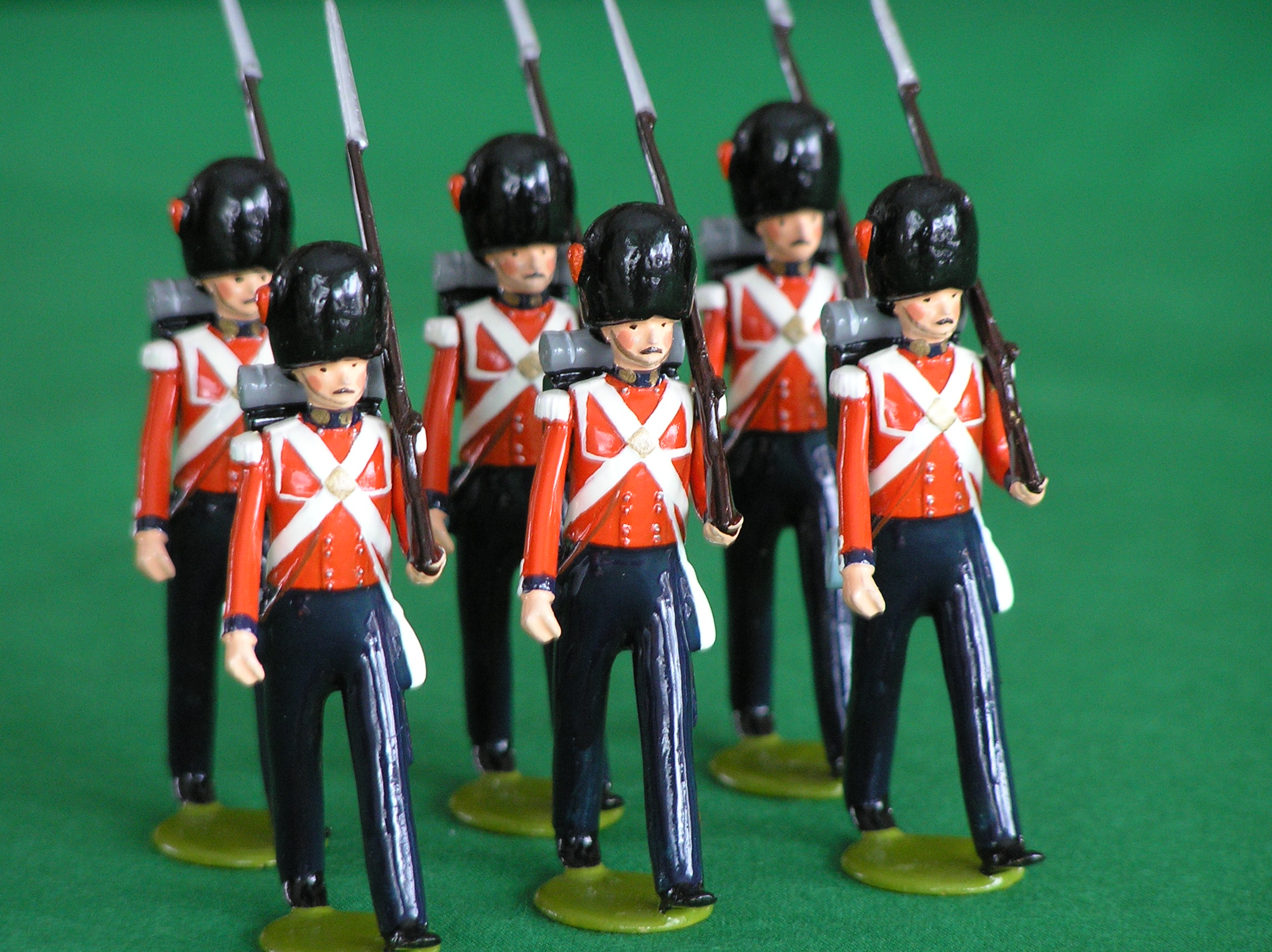 Description Toy Soldiers British Coldstream Guards.jpg