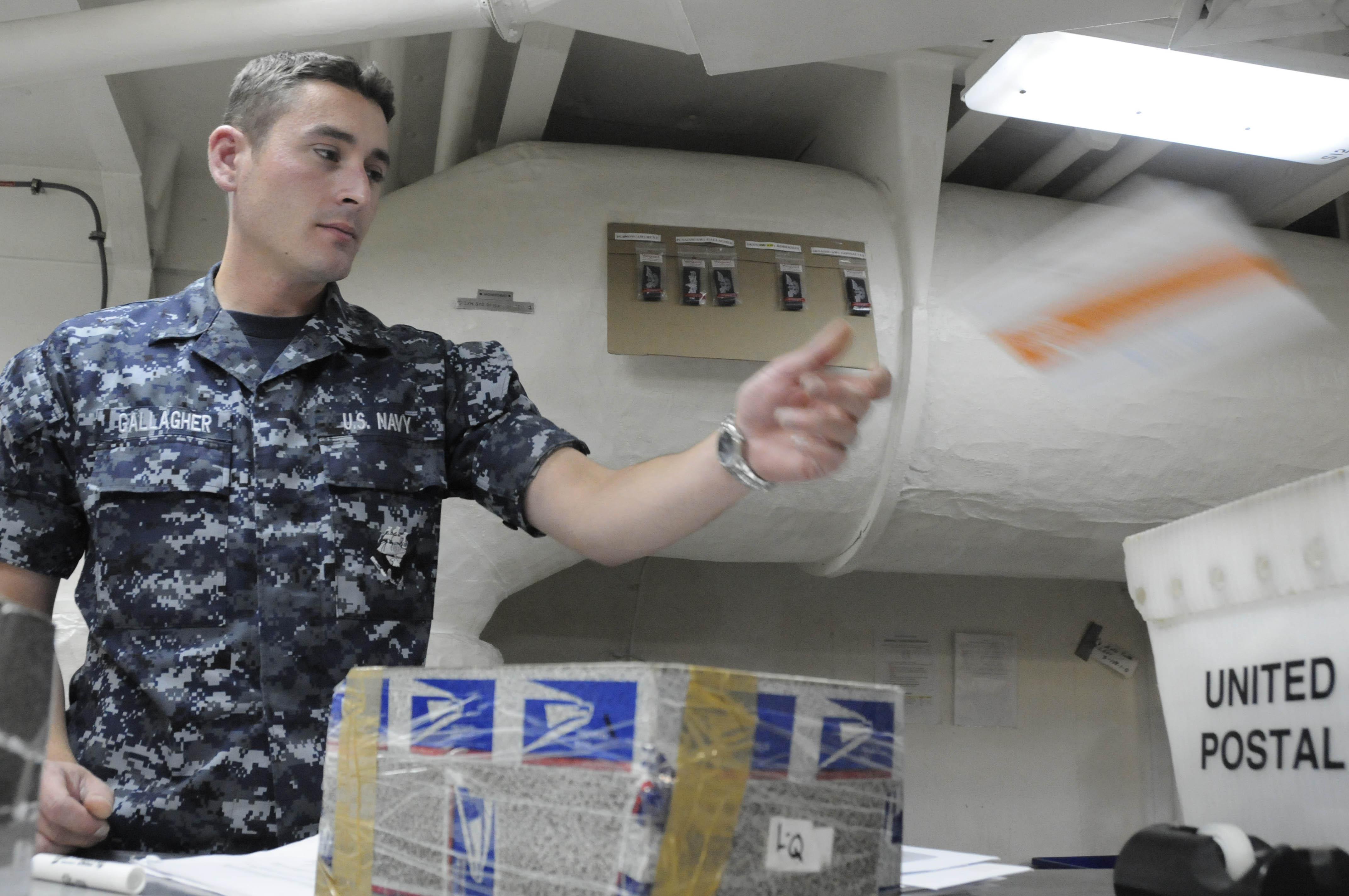File:US Navy 100709-N-2918M-049 Logistics Specialist Seaman Noel ...