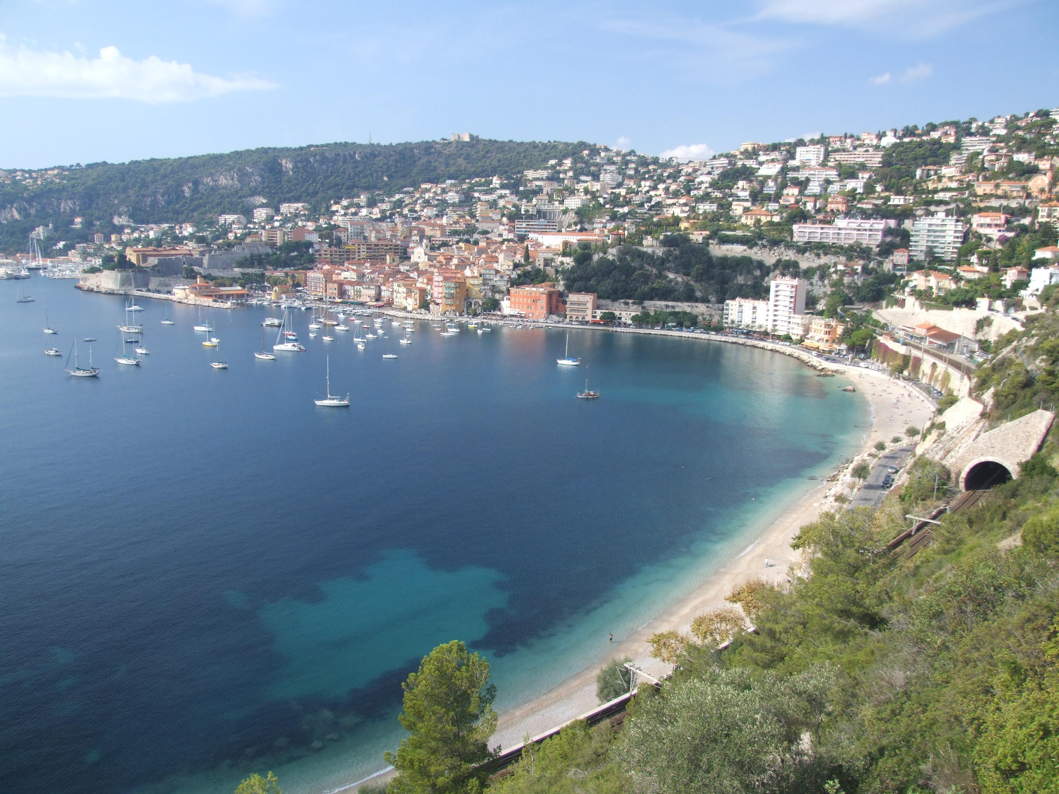 File villefranche sur wikimedia commons for Piscine cagnes sur mer