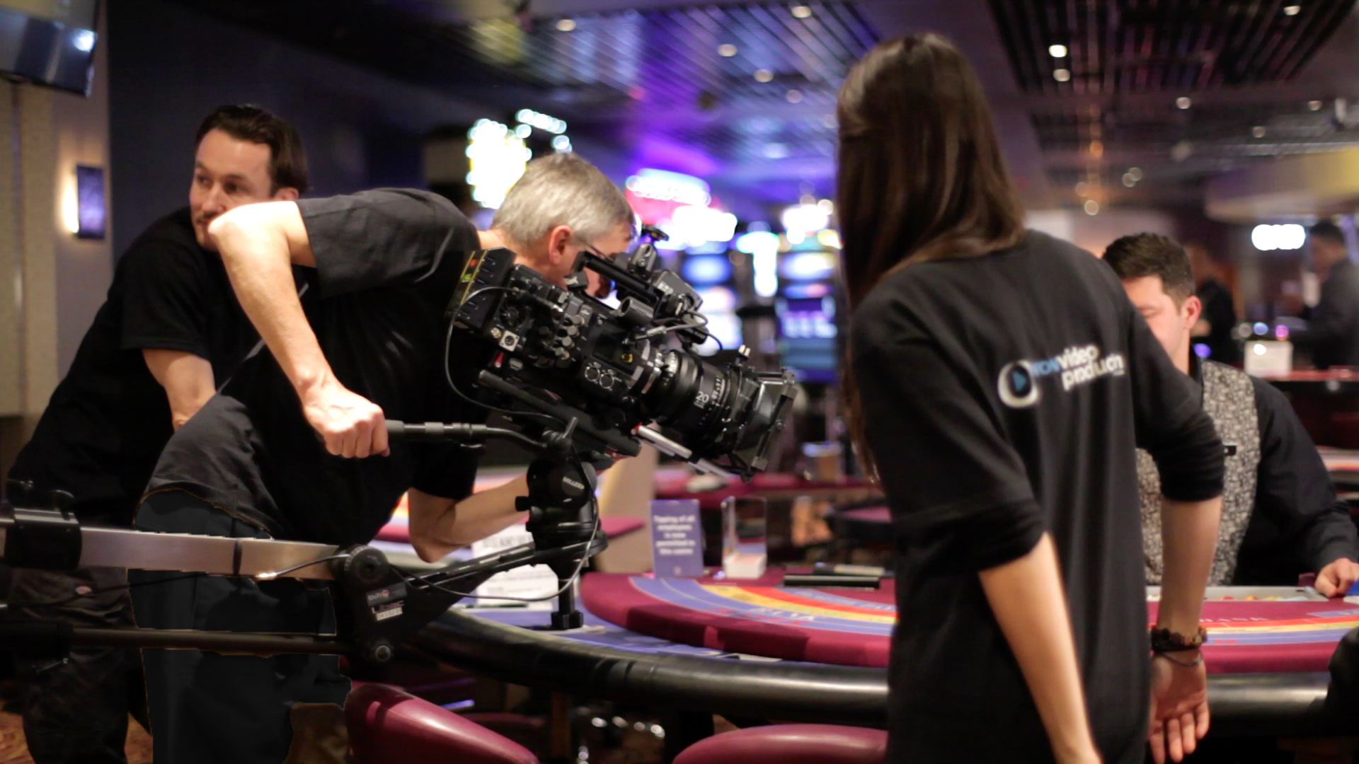 https://upload.wikimedia.org/wikipedia/commons/e/e3/WOW_Video_Production_-_Grosvenor_Casinos.png