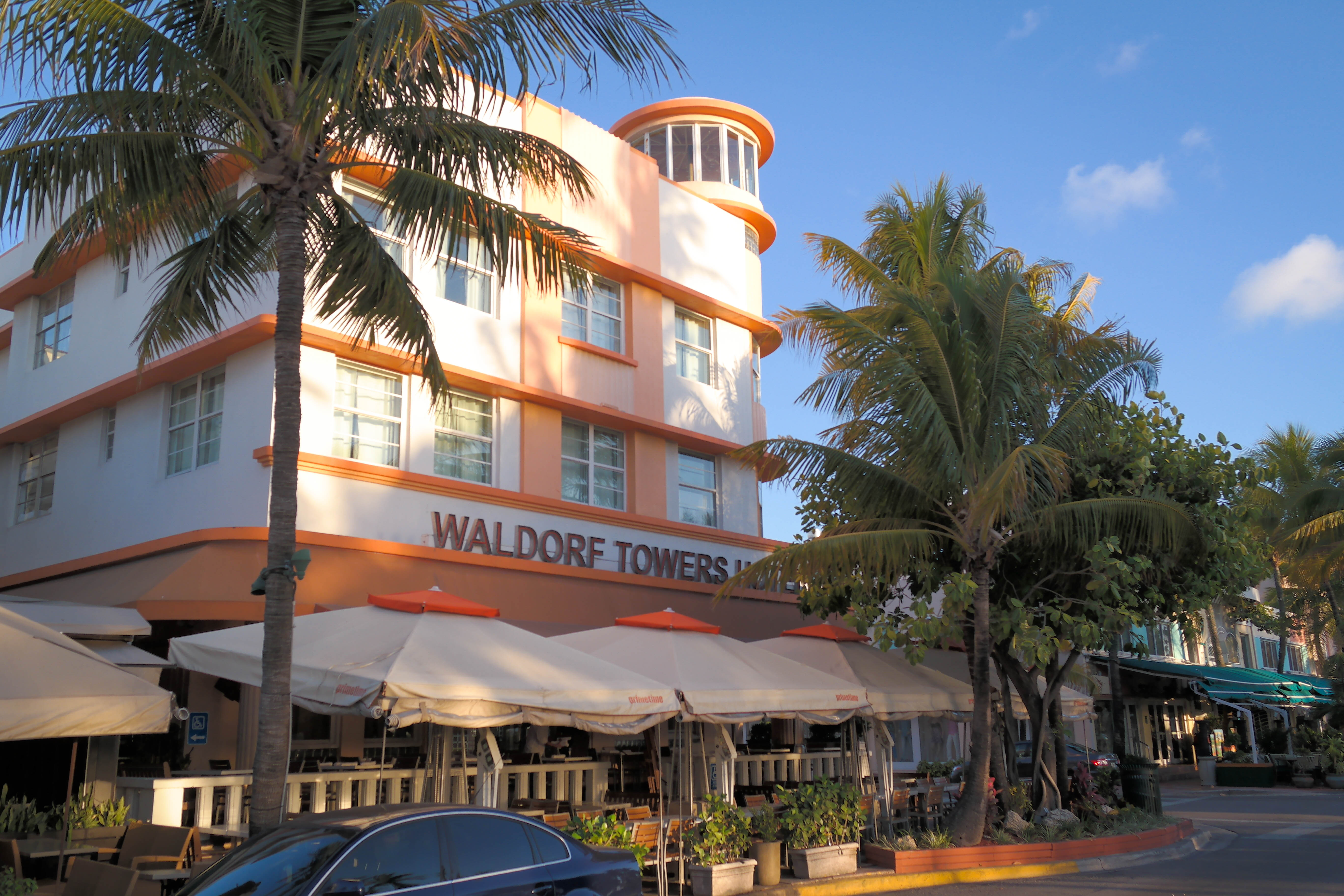 File Waldorf Towers Miami Beach 1 Jpg
