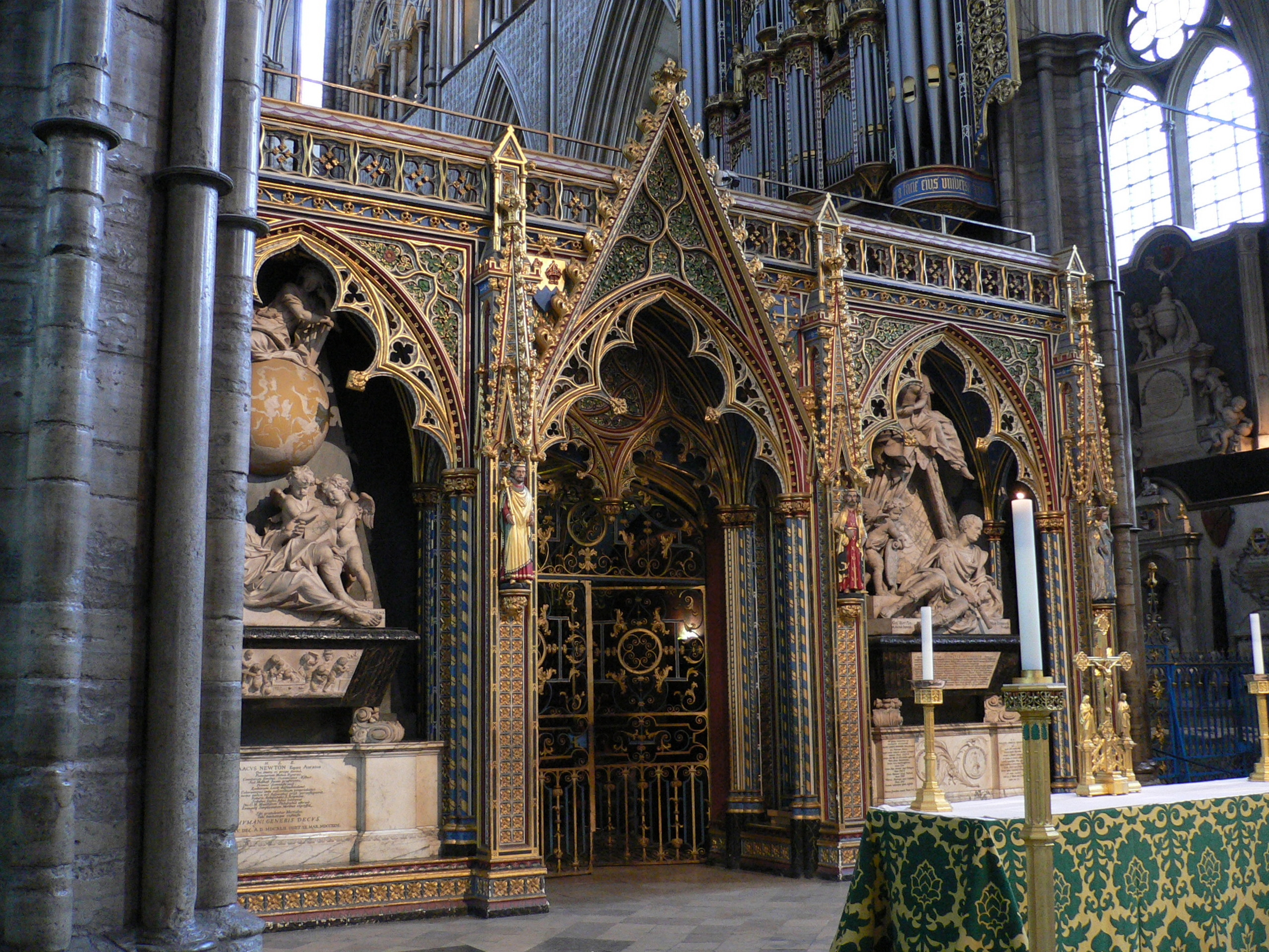 File:Westminster Abbey Interior 03.jpg - Wikimedia Commons