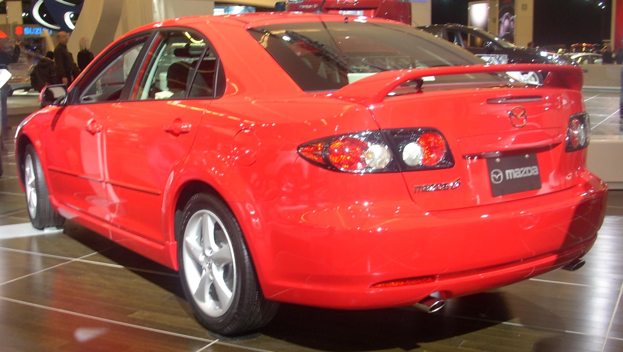 https://upload.wikimedia.org/wikipedia/commons/e/e4/%2708_Mazda6_Hatchback_%28Montreal%29.jpg