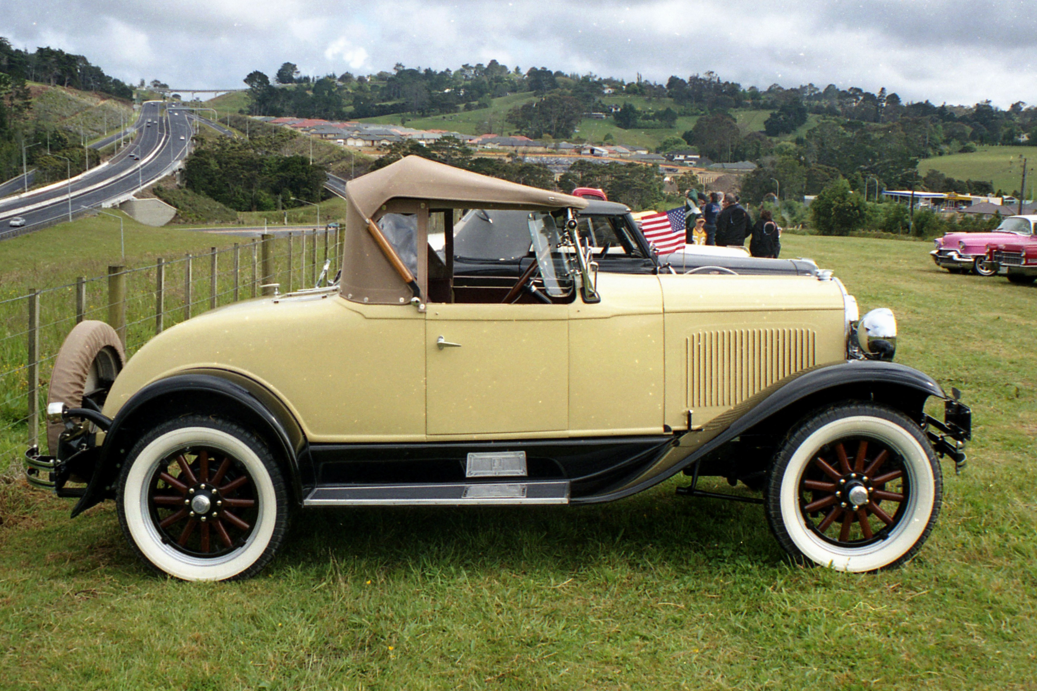 File:1929 Plymouth Roadster (17014028307).jpg - Wikimedia Commons