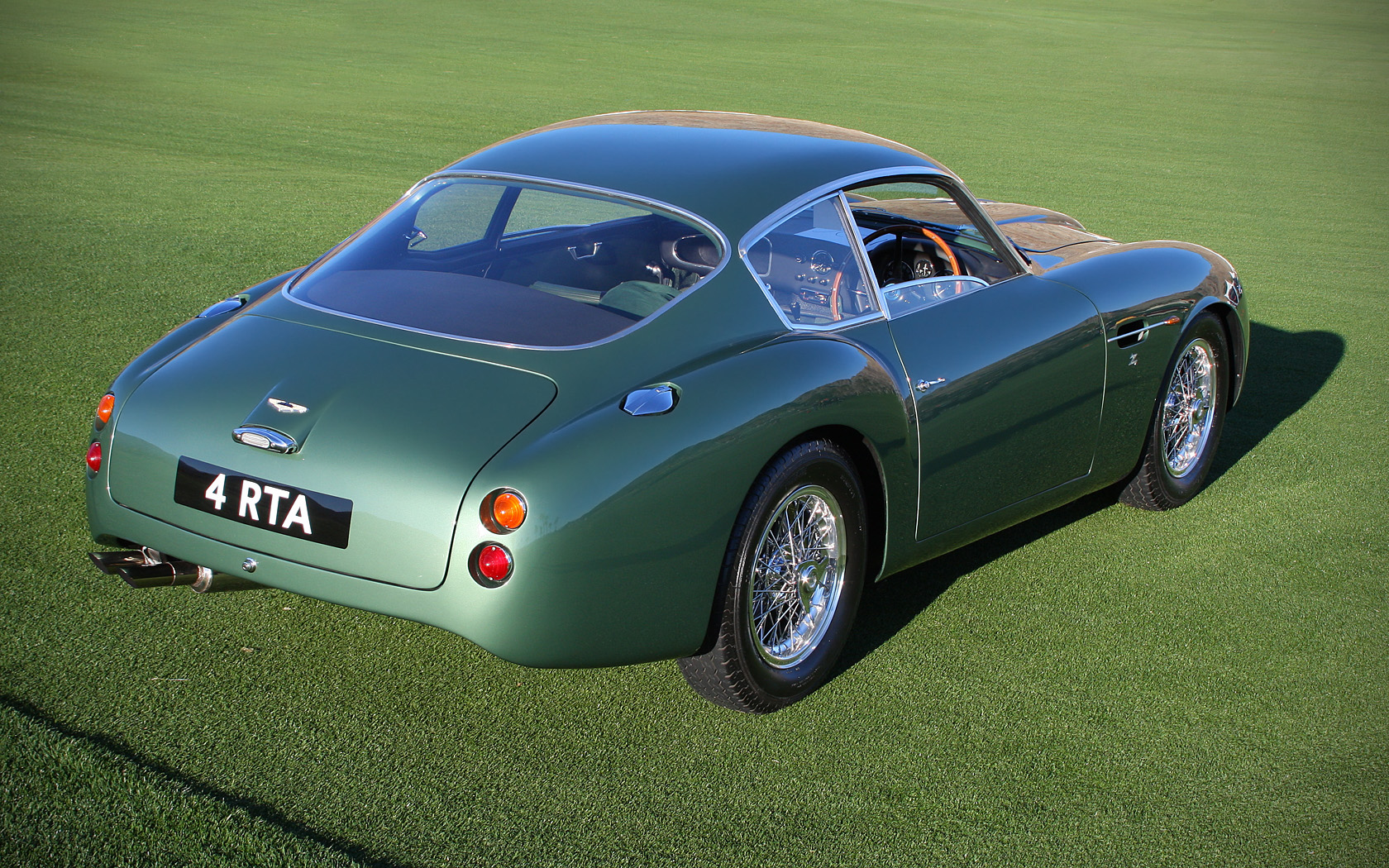 All Types aston db4 zagato : File:1961 Aston Martin DB4 GT Zagato - rvr.jpg - Wikimedia Commons