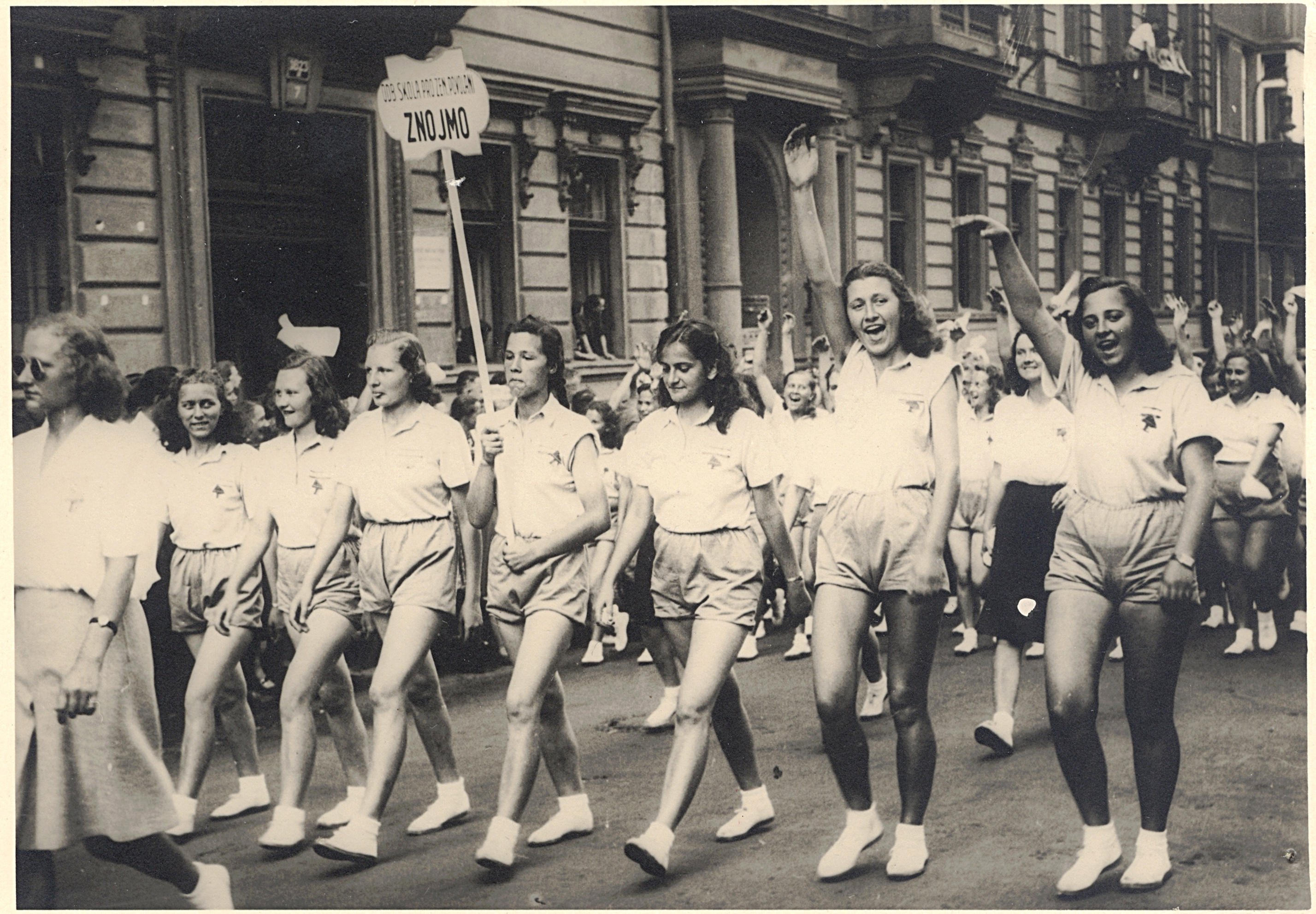 File:1st World Festival of Youth and Students, Prague 1947, Girls school  from